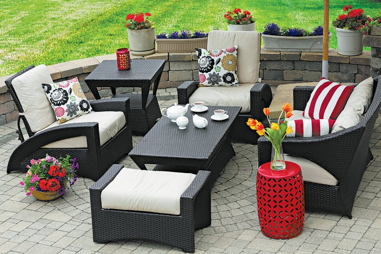 The Benefits of Wicker and Rattan Garden Furniture