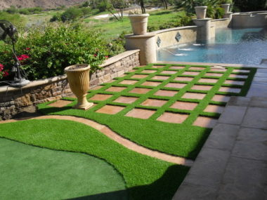 Flooring with artificial grass